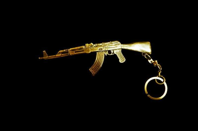 Gold Choppa MJ Exclusive Weapon - ...